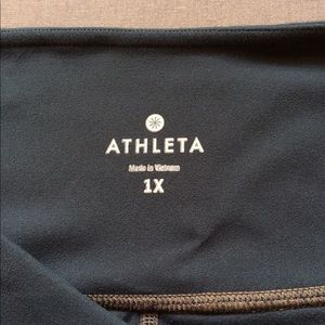 Athleta Pants - Athleta Jacquard Mantra Capri